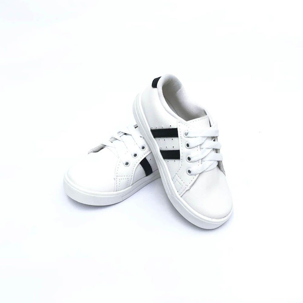 Tênis Streetwear Branco e Preto