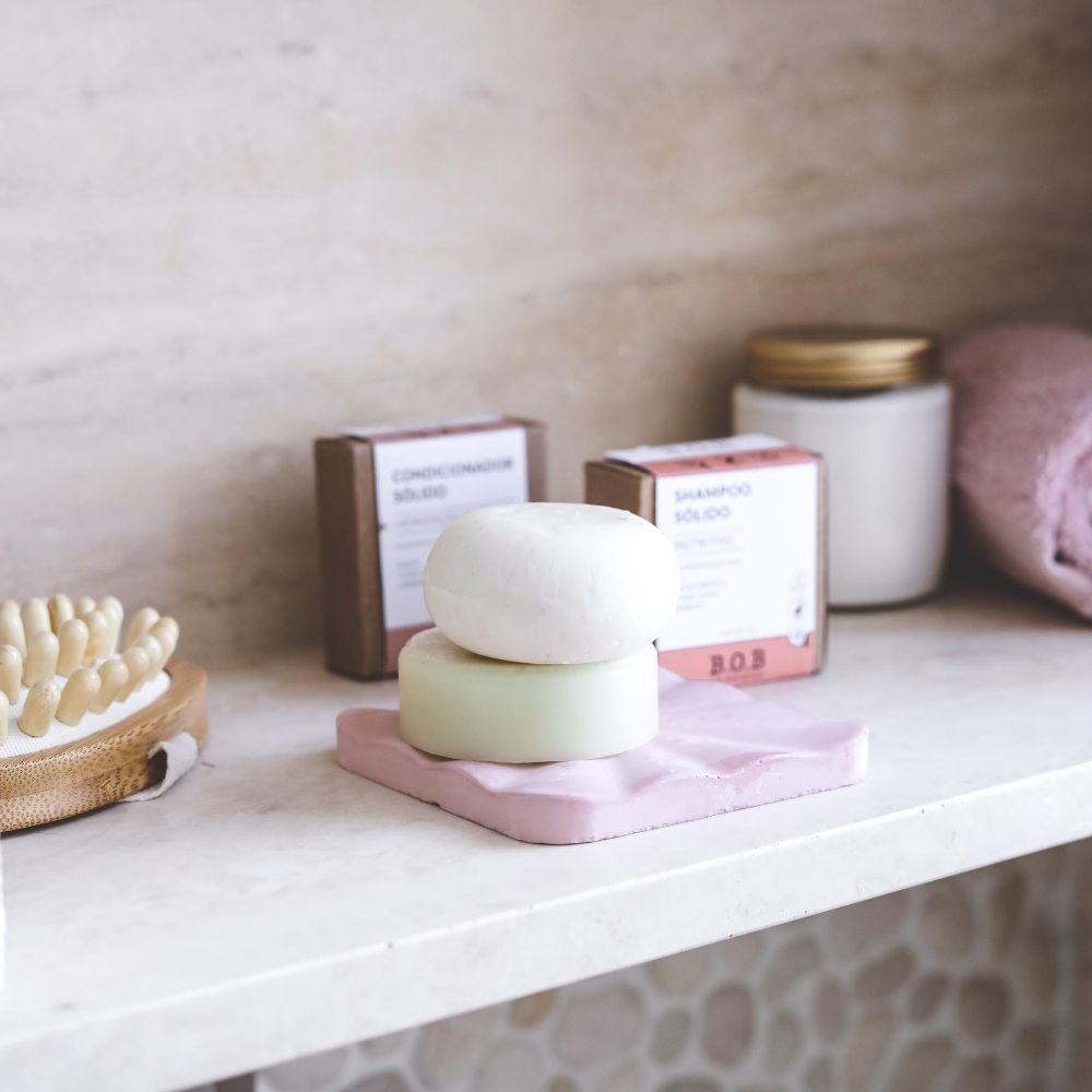BOB Kit Shampoo Sólido Nutritivo + Condicionador Sólido Hidratação Profunda 2un