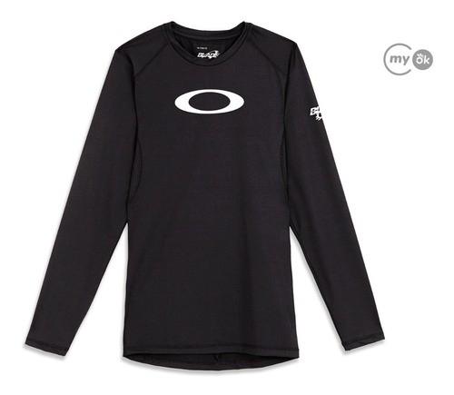 Camiseta Oakley Blade Pro Rashguard Blackout