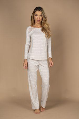 Pijama em viscose de calça e blusa de manga comprida