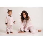 Pijama infantil em pluminha estampada e detalhe em ribana