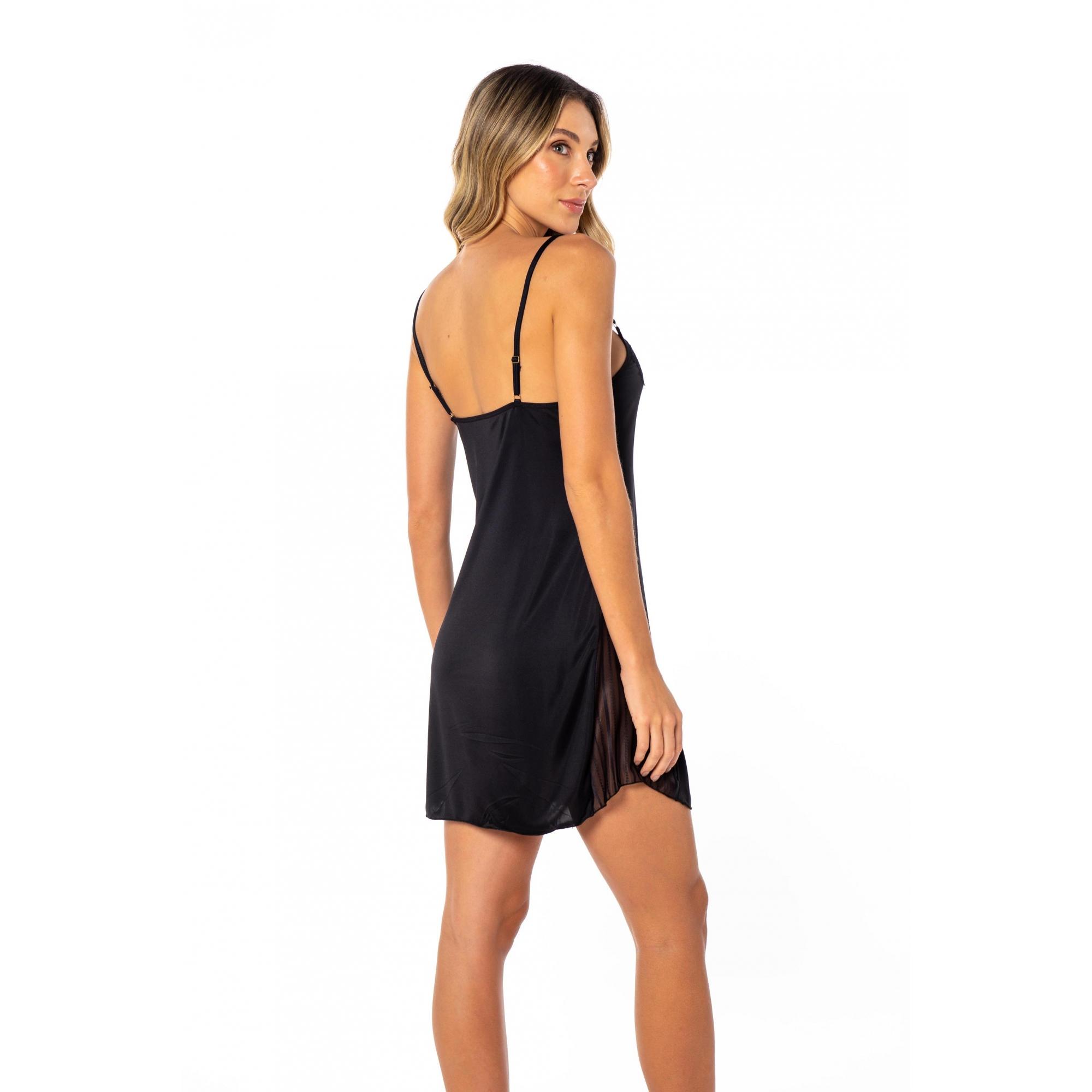 Camisola sensual em liganete com detalhes em renda e tule
