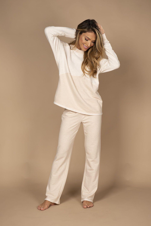 Pijama em reciclato de calça e blusa de manga comprida
