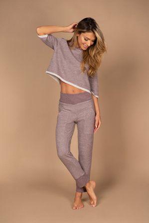 Pijama em reciclato de calça e corpped