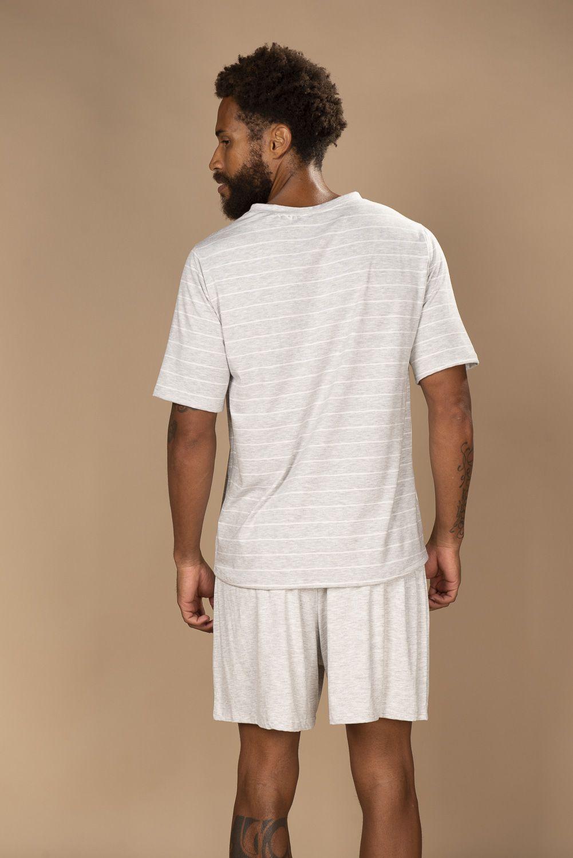 Pijama masculino em viscose com short e blusa de manga curta