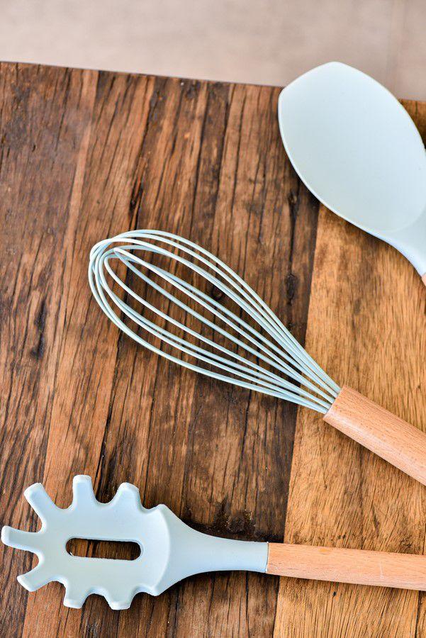 Colher De Silicone Para Espaguete Com Cabo De Madeira 32,5Cm - Water Blue - Oxford
