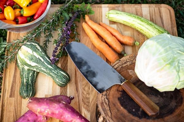 Faca Artesanal De Legumes Y3 Hohenmoorer Tripla Camada De Aço Carbono 19Cm
