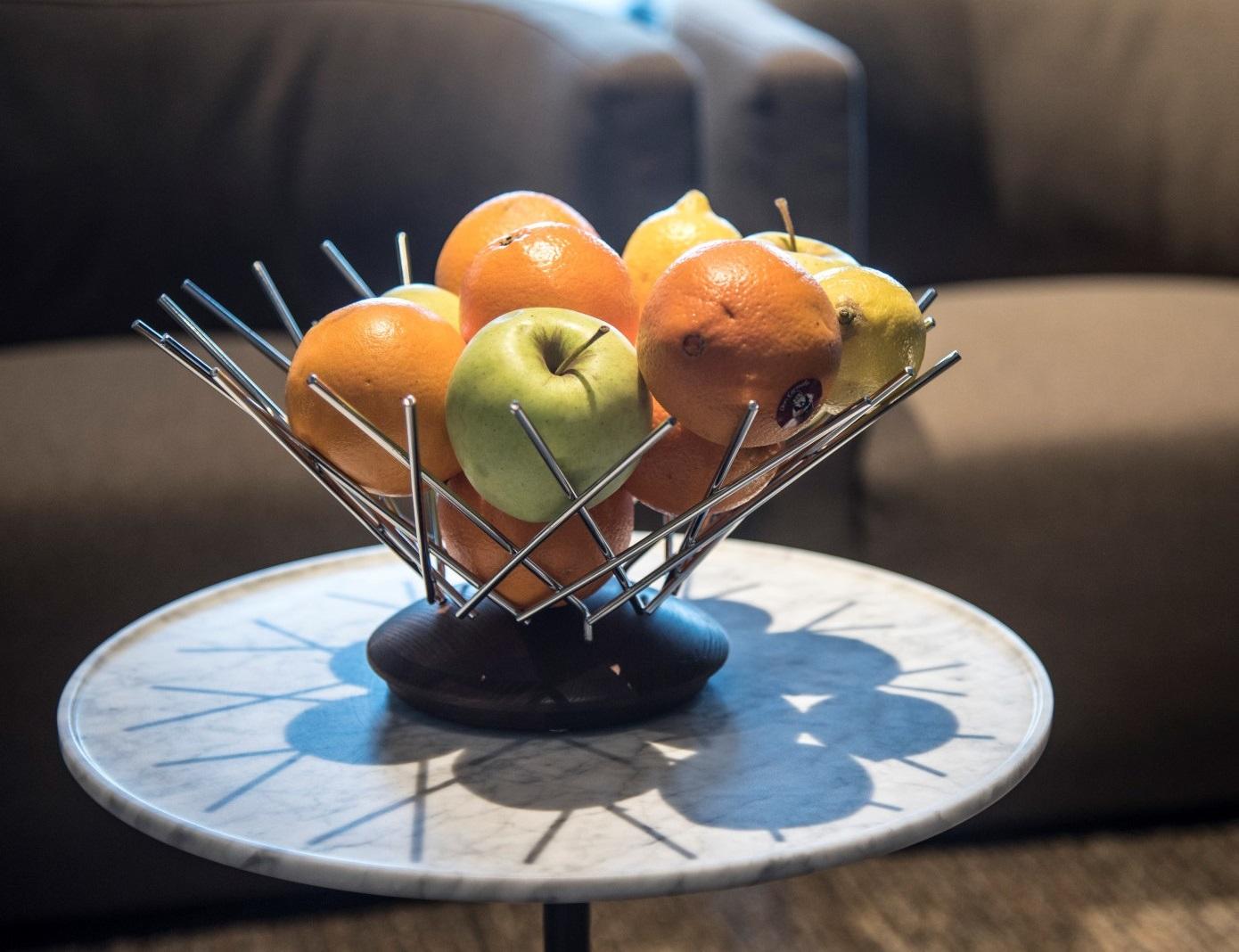 Fruteira De Madeira e Aço Snowflake Legnoart