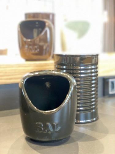 Saleiro De Cerâmica 650G Preto Ceraflame