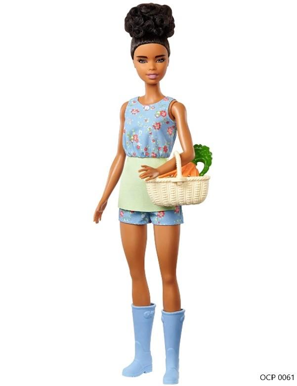 Boneca Barbie Doce Pomar da Fazenda Cesto com Cenouras - Mattel