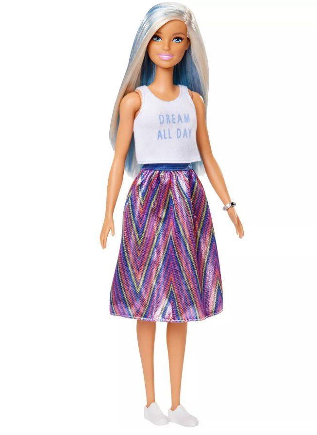Boneca Barbie Fashionistas - 120 T-Shirt Sonho todo dia