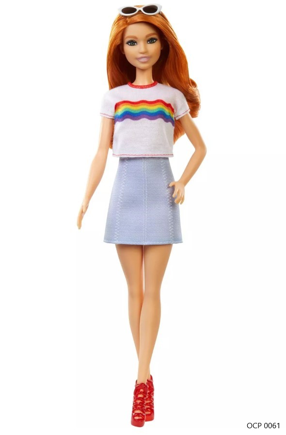 Boneca Barbie Fashionistas 122 Cabelo Vermelho com T-shirt com Arco-Íris - Mattel