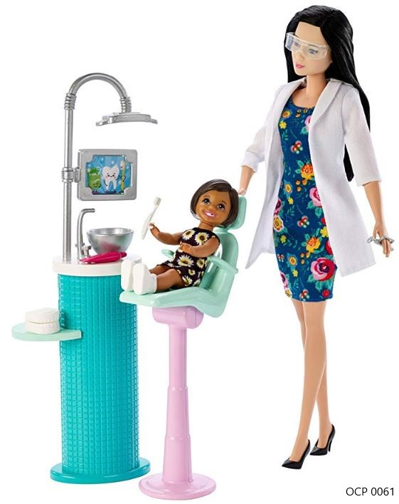 Boneca Barbie Profissões Dentista e Playset Cabelo Preto - Mattel