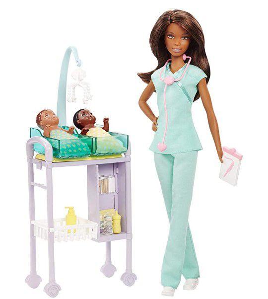 Boneca Barbie Profissões - Pediatra Morena