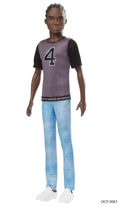 Boneco Ken Fashionistas 130 Vestindo T-Shirt - Mattel