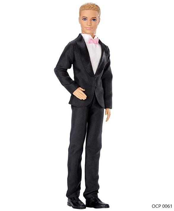 Boneco Ken Noivo Conto de Fadas Terno Preto - Mattel