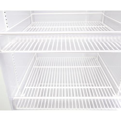 Expositor 1590 litros 3 portas para resfriados até - 7 graus  - Zero Grau Store