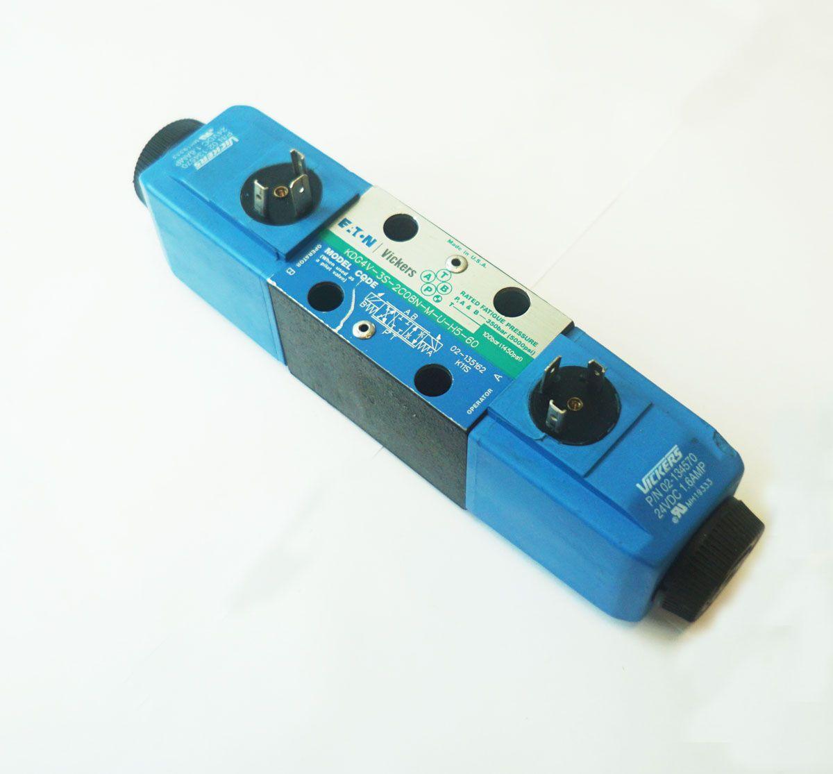 Válvula Hidráulica D03 8L/min