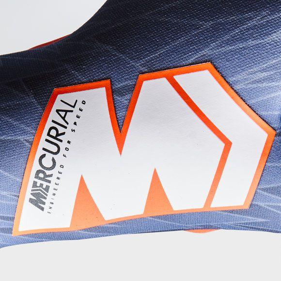 Luva Goleiro Nike Mercurial Touch Victory