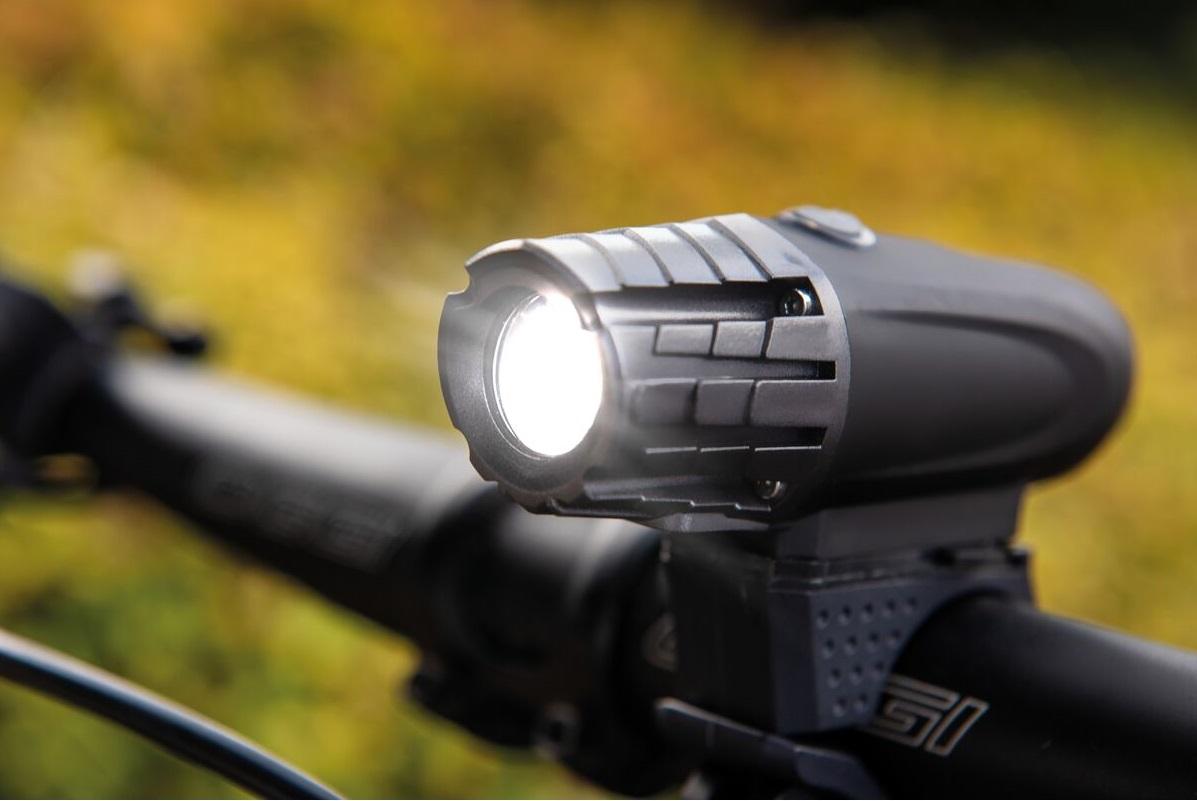 Lanterna de LED Recarregável para Bicicleta - Tramontina