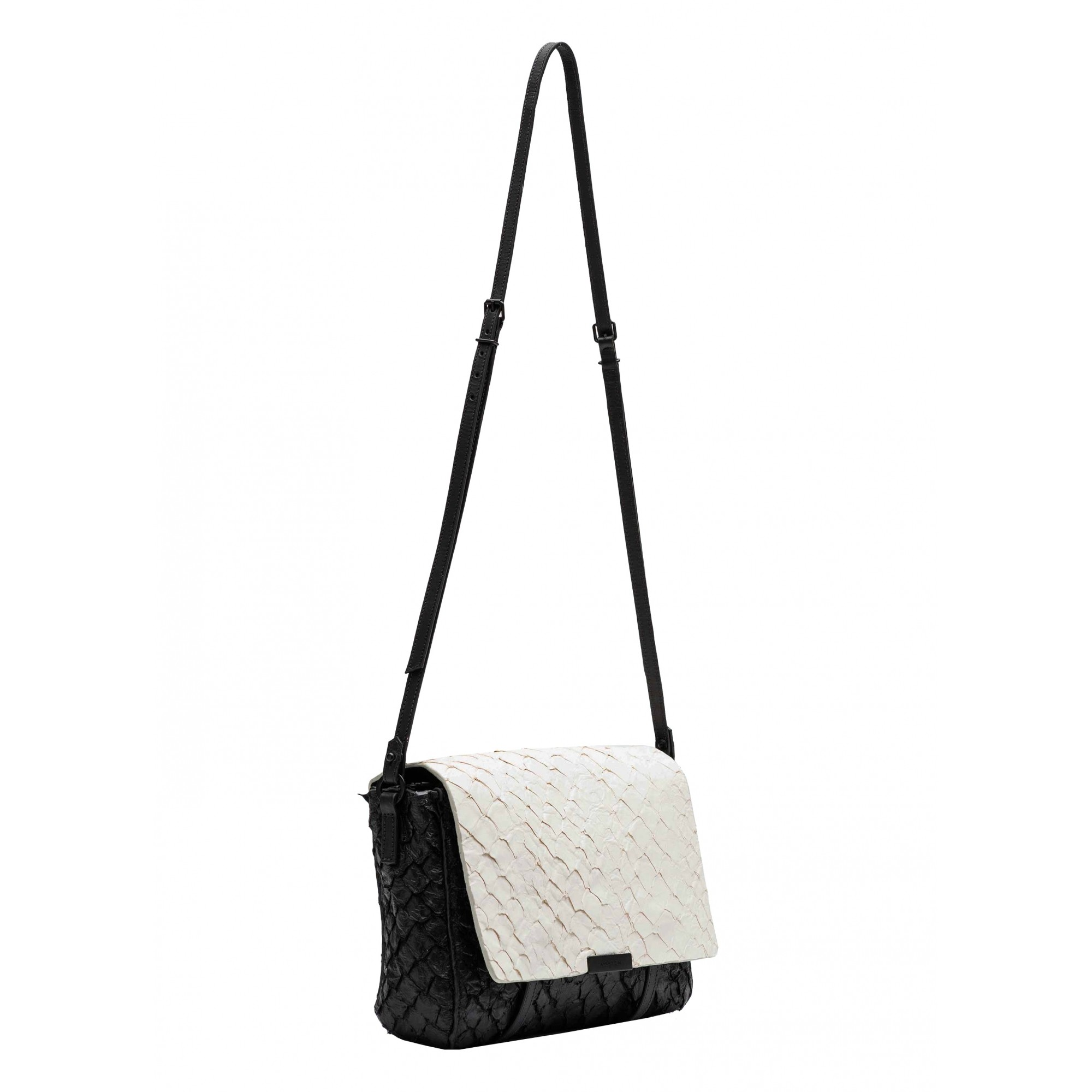 OSKLEN - PIRARUCU FLAP COLOUR BAG FORN:62597