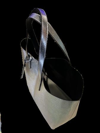 SCHUTZ - BOLSAS GRANDE COUROS FORN:S5001505340001