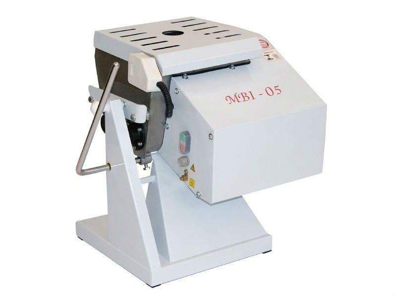 Amassadeira Basculante Semi Rápida Gastromaq 5 kg Epóxi Bivolt MBI 05