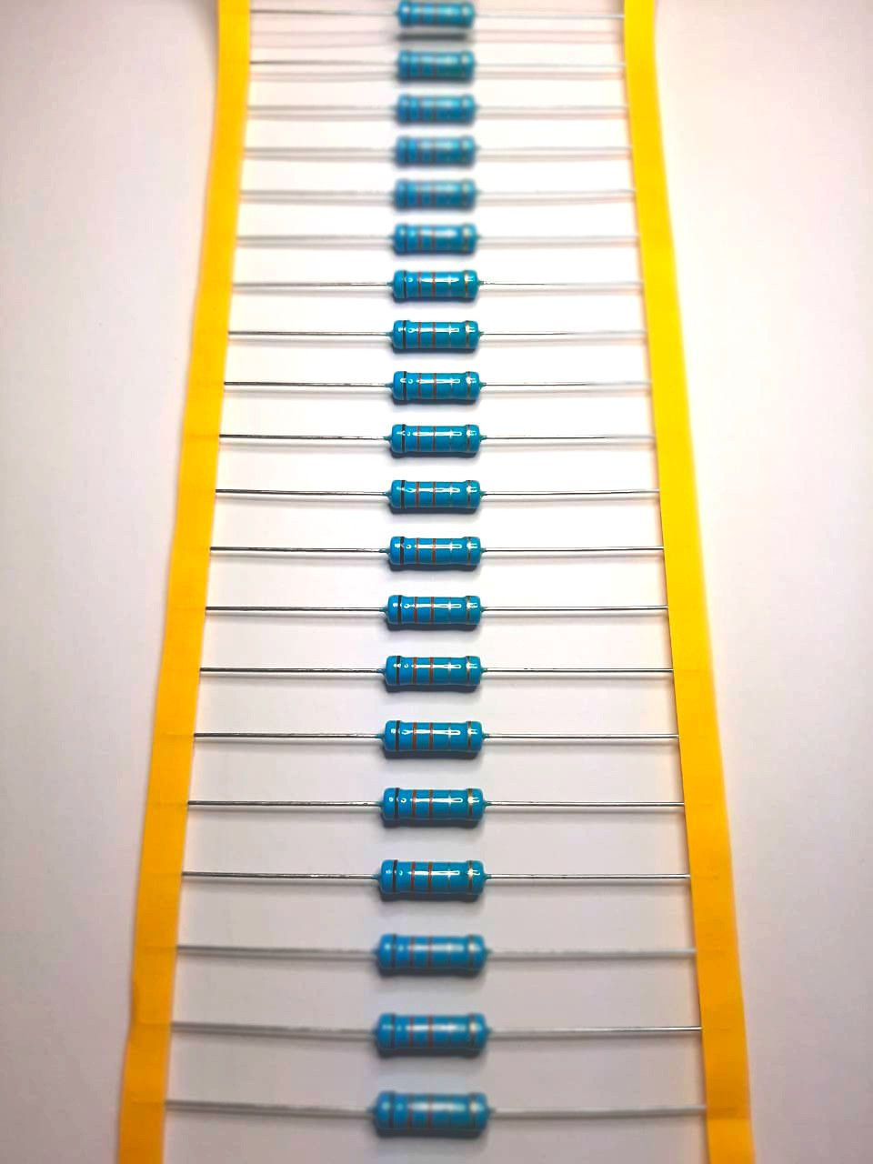 Resistor Metal Filme 3WS 5% Valores 1R0 Até 910R Caixa com 1000 Peças