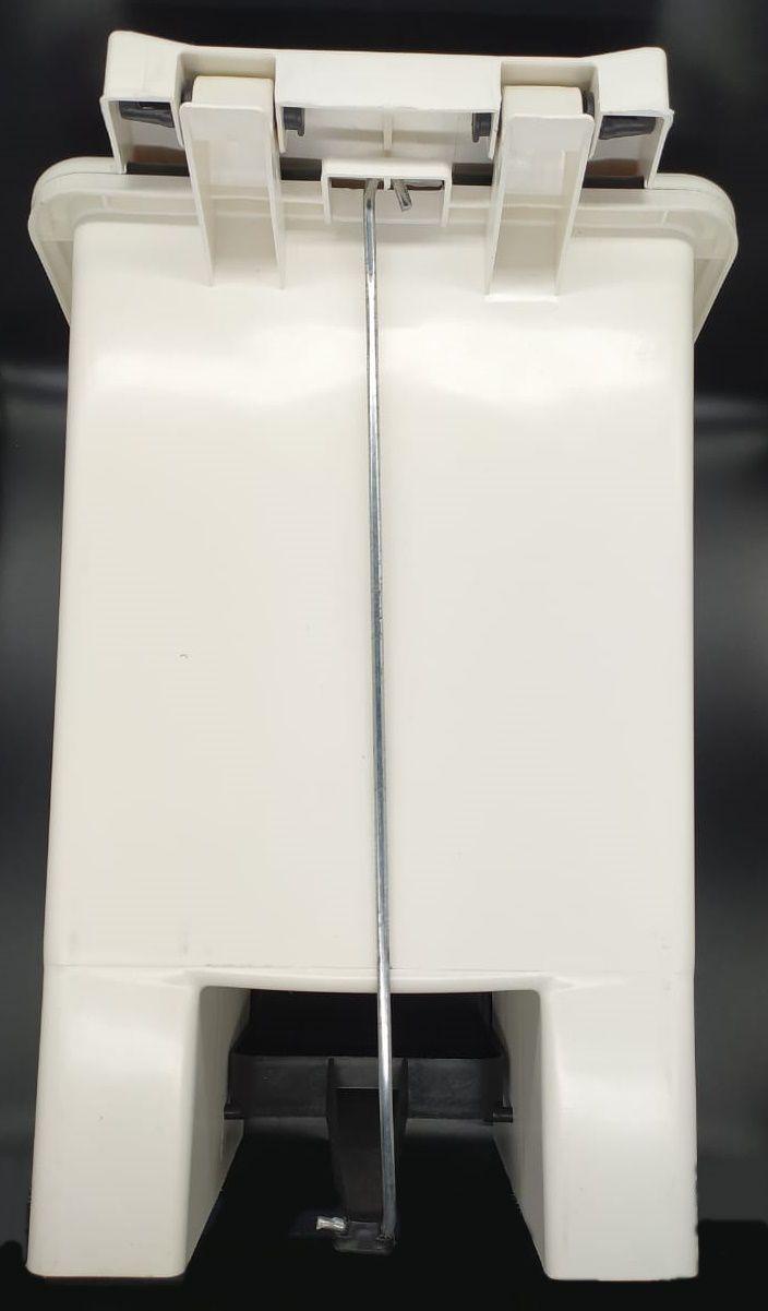 Lixeira retangular com pedal