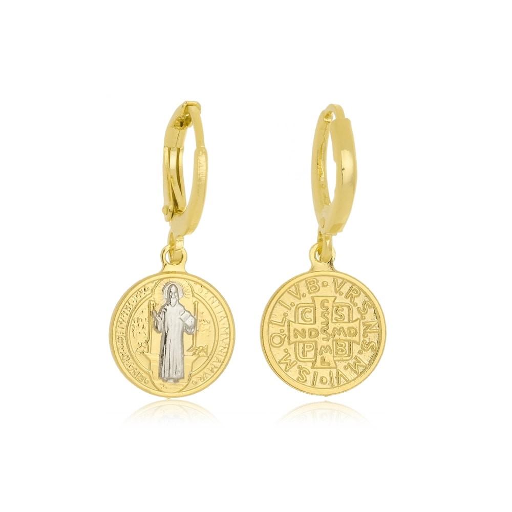 Brinco Argolinha Com Medalha de São Bento Folheado a Ouro 18k