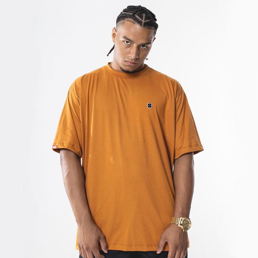 Camiseta Basic Patch Amarula