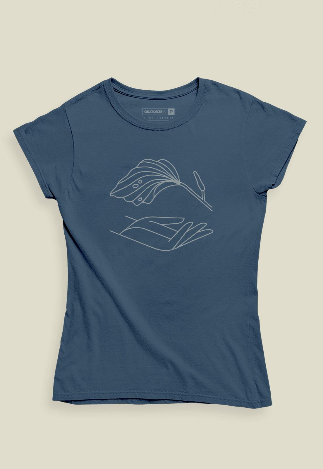 Camiseta Feminina Azul Escuro Estonado de Algodão Mão Natureza