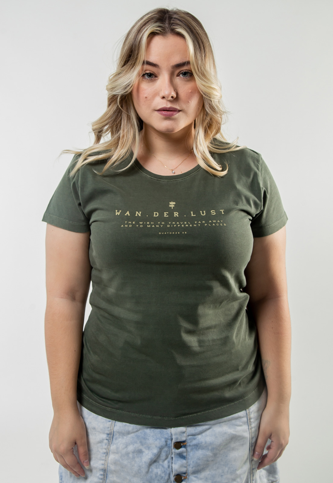 Camiseta Feminina Verde Escuro Estonada de Algodão Wanderlust