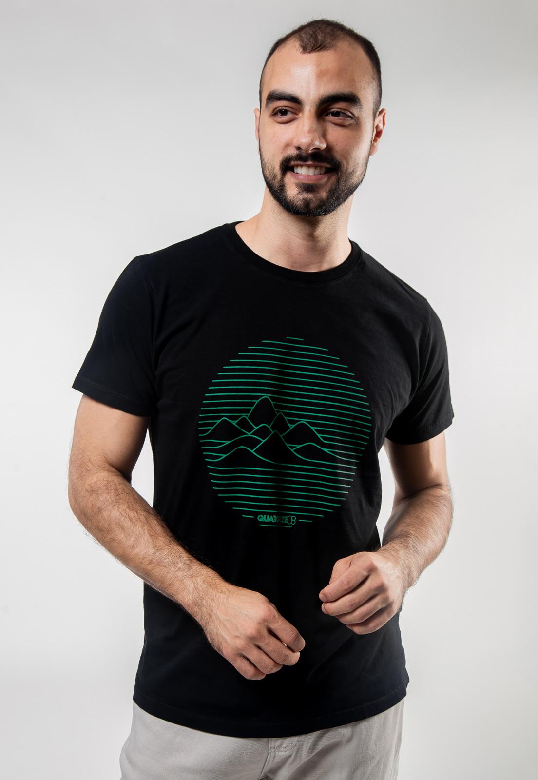 Camiseta Preta de Algodão Linhas de Montanha