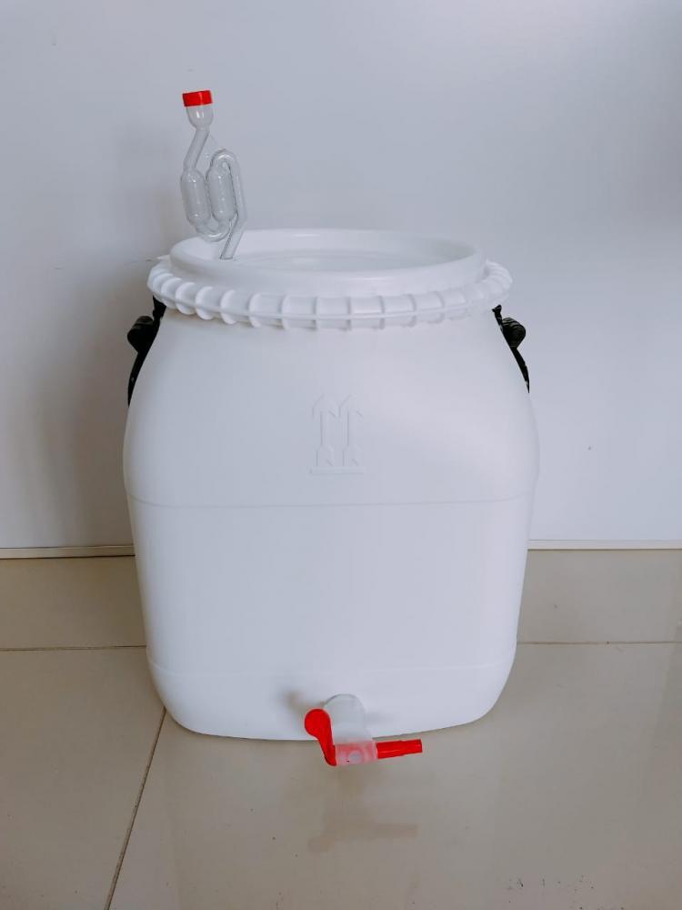 Bombona Fermentadora 30 litros Completa (Torneira com Redutor de Sedimentos, Airlock e Anel de Silicone)  - Lojão de Ofertas