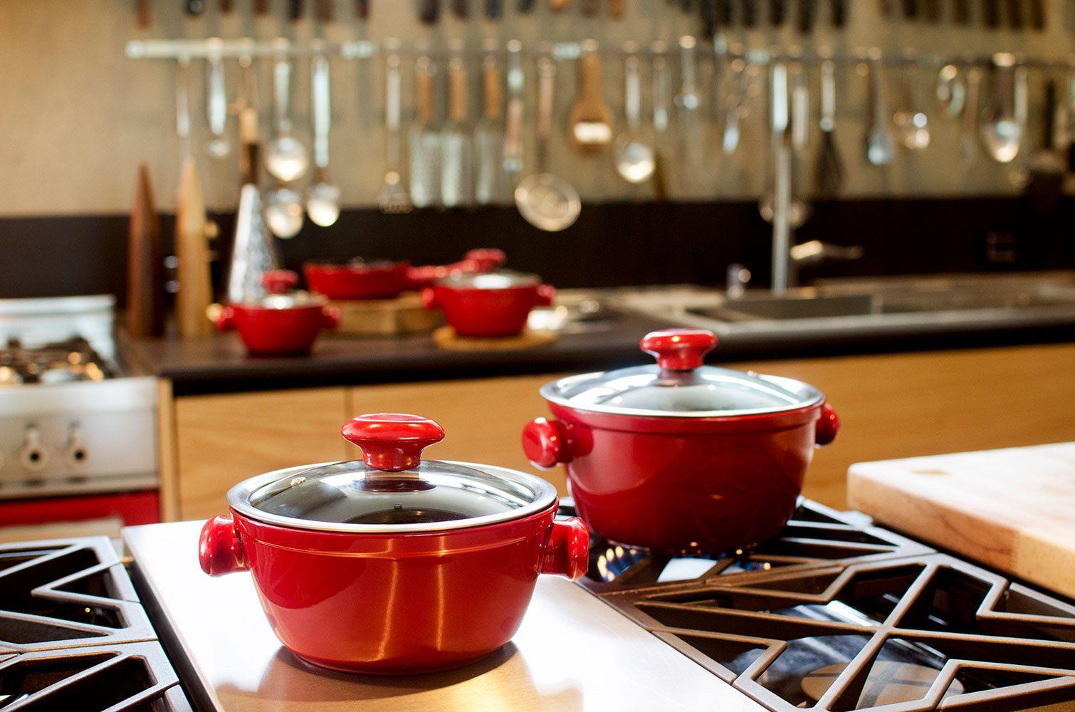 Caçarola 24 cm - 3,5 litros - Vermelha - Linha Chef - Ceraflame  - Lojão de Ofertas