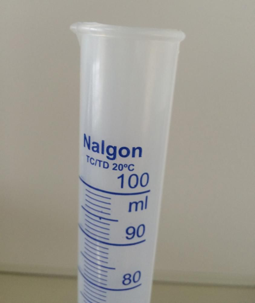 Proveta de Polipropileno Graduada 100 ml  - Lojão de Ofertas