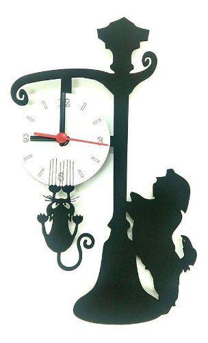 Relógio de Parede Cão Shitzu E Gato No Poste Linha Pet