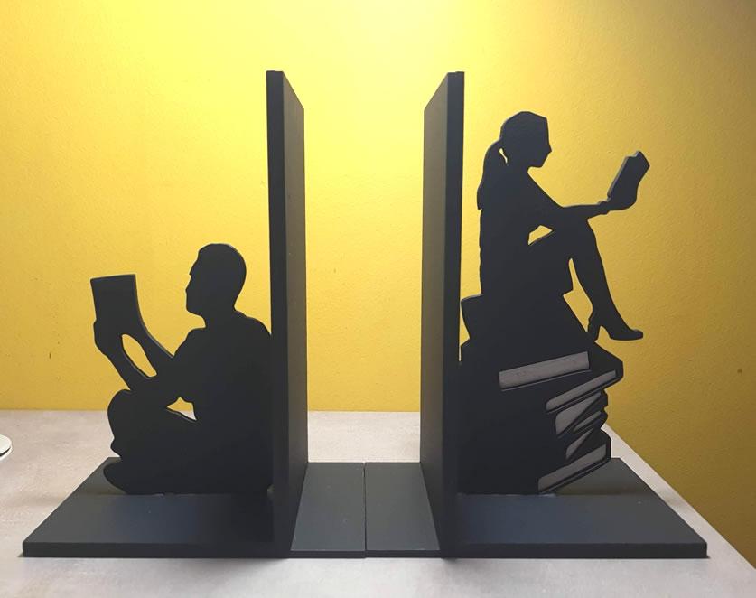 Aparador de Livros Apaixonados por Leitura