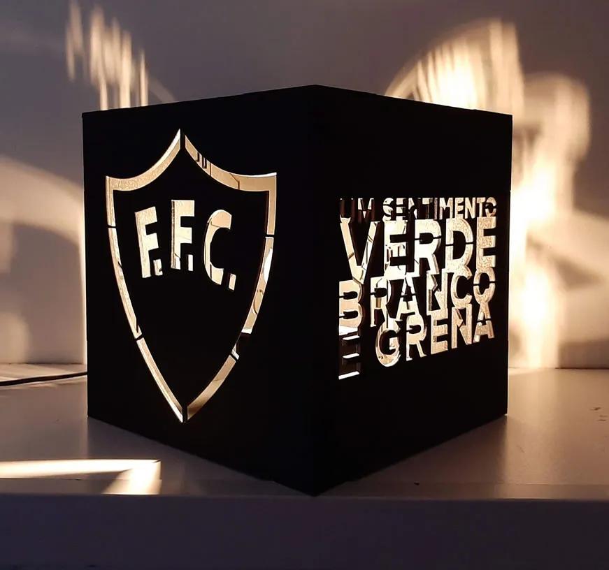 Luminária Abajur Mesa Cubo Fluminense