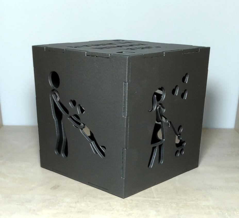 Luminária Cubo Led Tema Família MOD1 PRETA