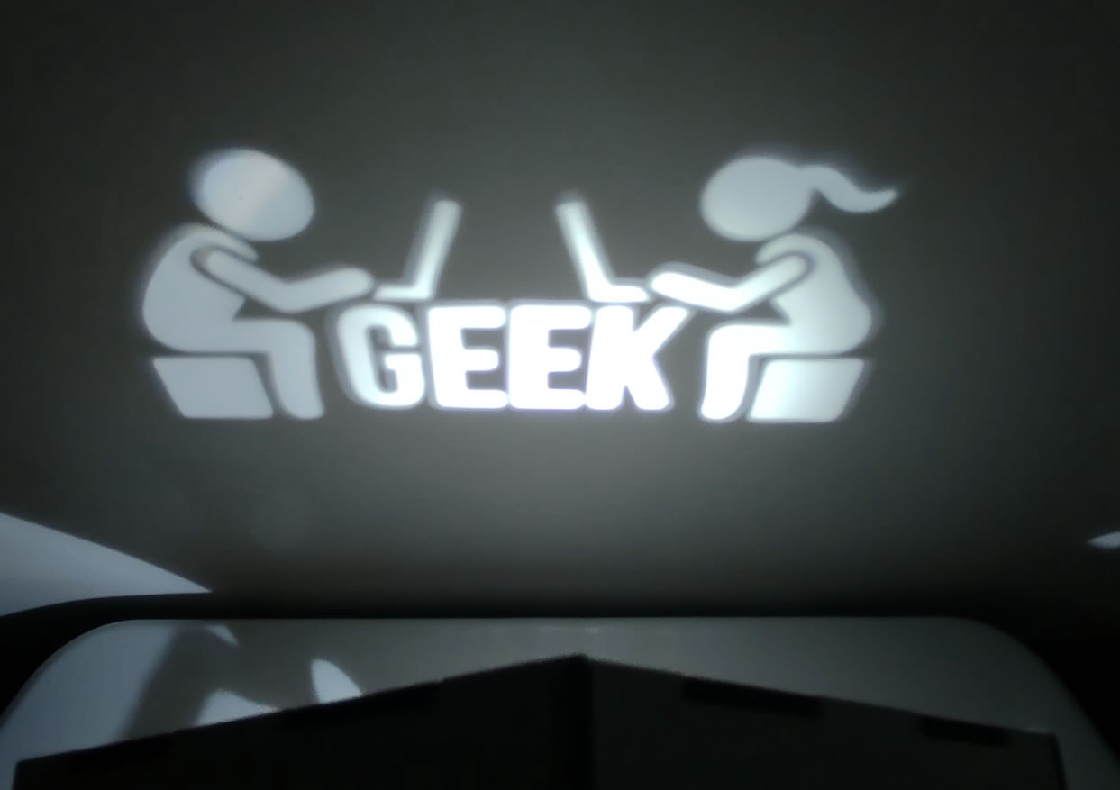 Luminária Cubo Led Tema Geek MOD1 BRANCA