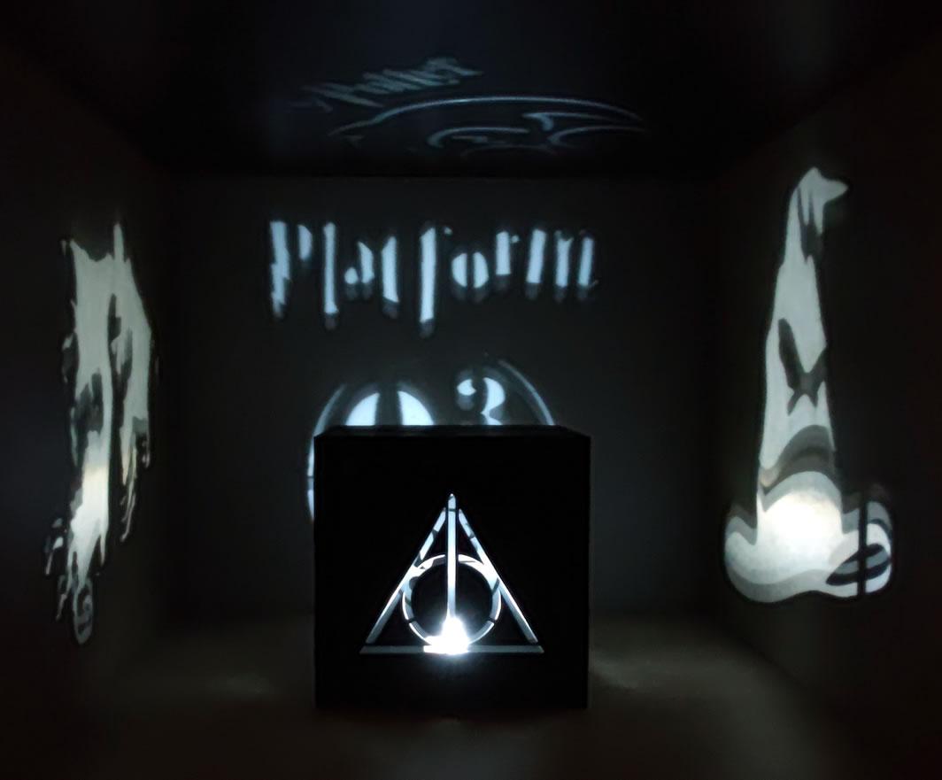 Luminária Cubo Led Tema Geek MOD3 PRETA