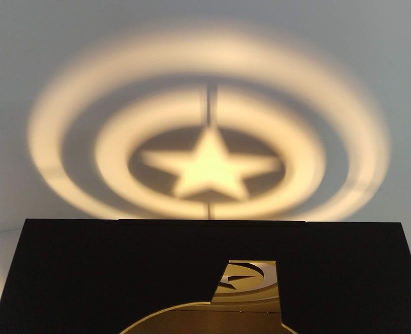 Luminária Cubo Marvel Vingadores ( Avengers )