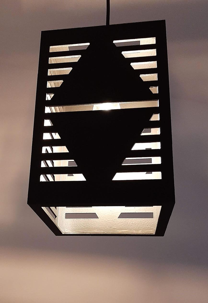 Luminária Pendente Pirâmide