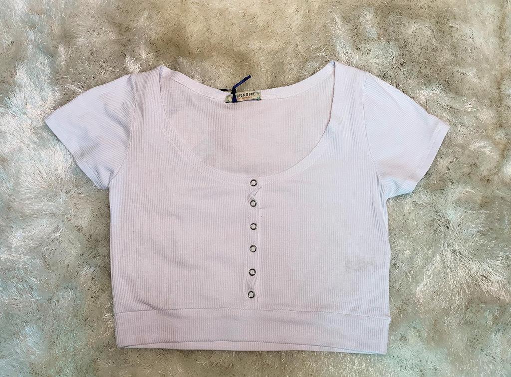 Blusa Cropped Canelada com Botões