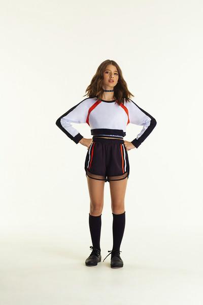 Conjunto Blusa  e Shorts Detalhe Tela