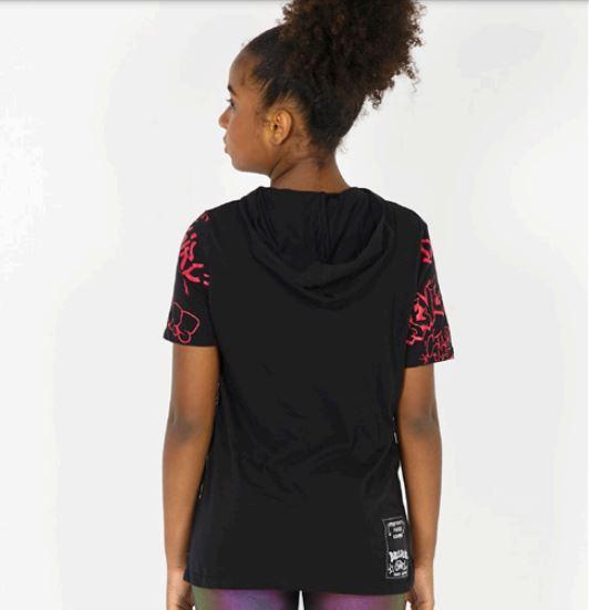 T-Shirt com Capuz Letras Pichadas - Dimy