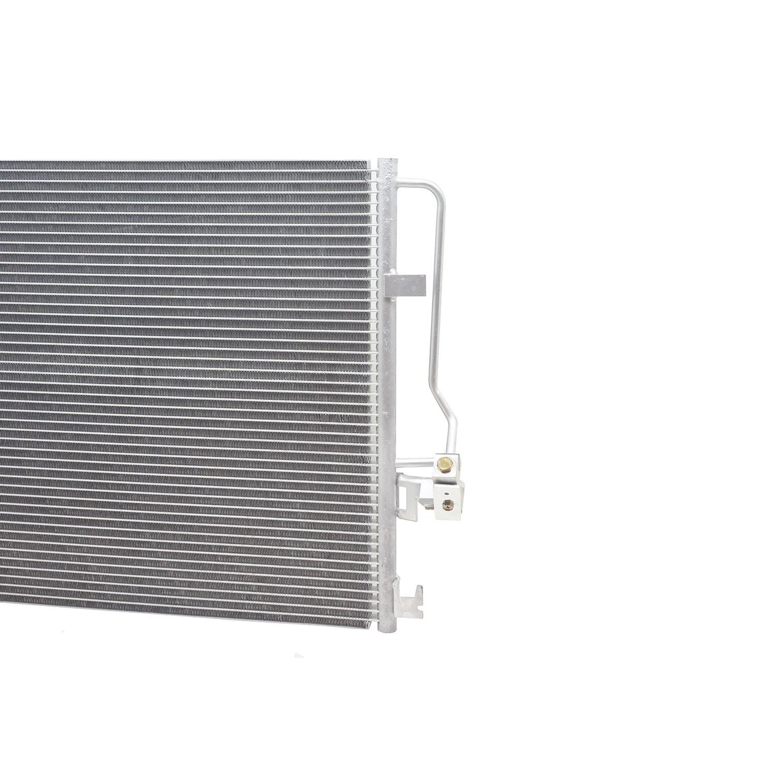 Condensador Mercedes Benz Sprinter 311, 313, 415, 515 de 2012 em diante