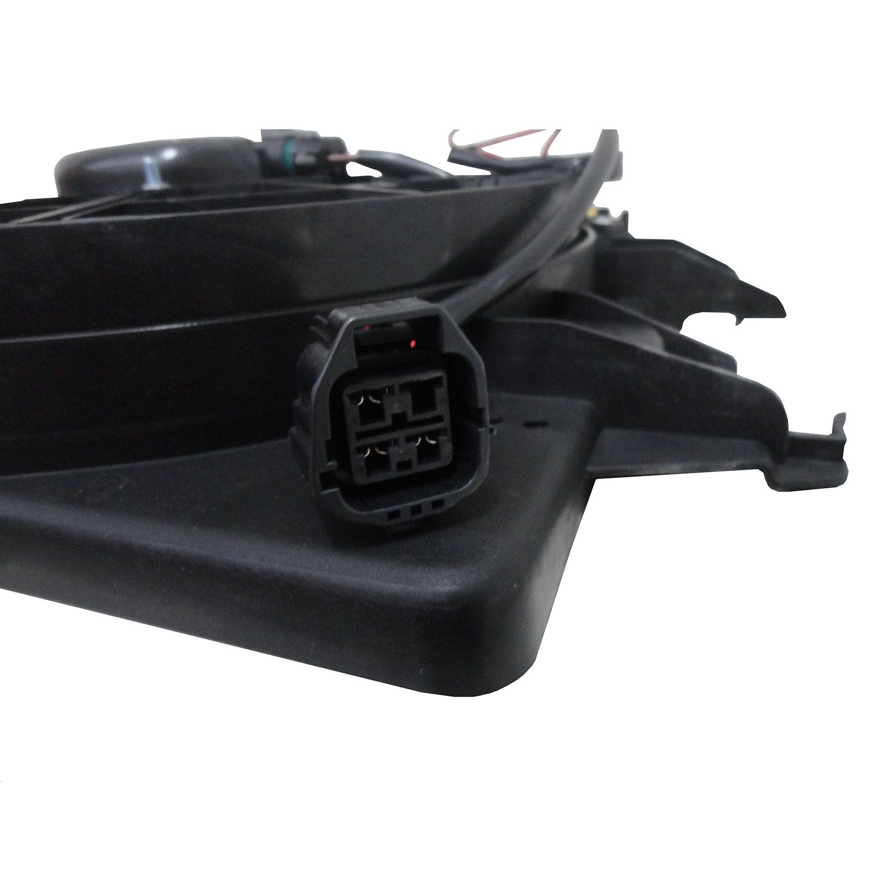 Ventoinha com Defletor do Radiador Ford Focus 1.6 e 2.0 - Com ar